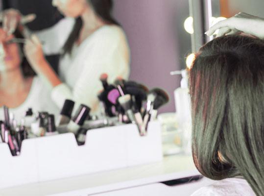 Maquillage professionnel en institut - La vie en Beauté